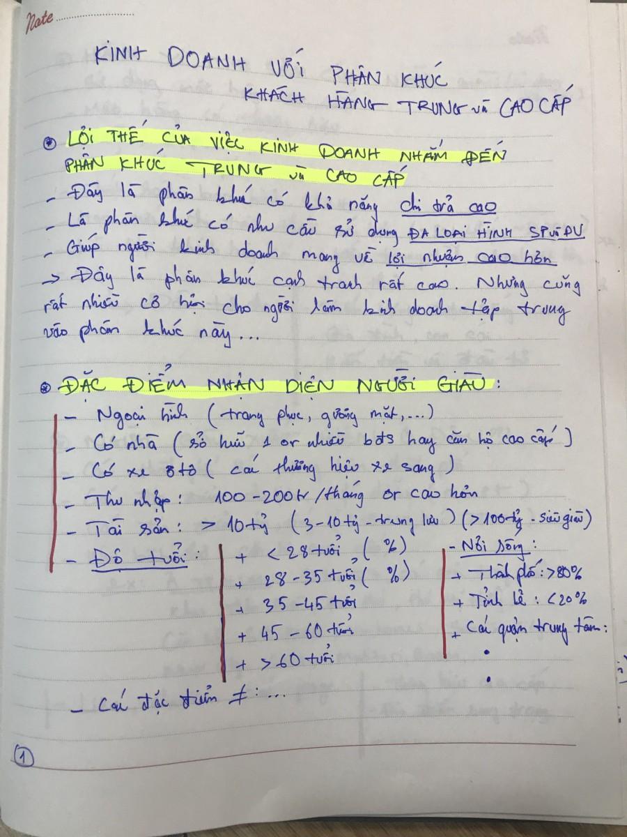1 phan khuc hang hang cao cap - Ebook Bí Quyết Kinh Doanh Bán Hàng Nhắm Đến Phân Khúc Trung và Cao Cấp - Khách Hàng Giàu Có
